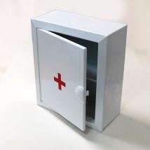 Аптечка 2 металлическая настенная (330х280х140)